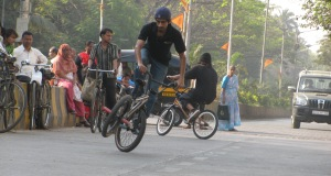 People, cycles, BMX, vehicles, Mumbai (Photo: Shyam G Menon)