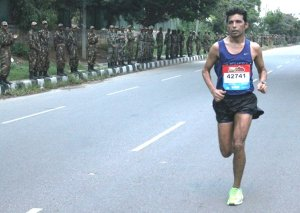 Dnyaneshwar at the 2014 Bengaluru Marathon