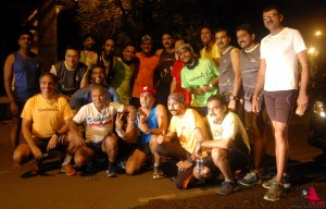 Satish with fellow runners who pitched in to support during the Mumbai-Surat run. (Photo: courtesy Satish Gujaran)