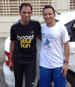 Satish (right) with Arun Bhardwaj, India's best known ultra marathon runner. (Photo: courtesy Satish Gujaran. For more on Arun, please click this link: https://shyamgopan.wordpress.com/2015/06/21/the-connoisseur-of-distances/