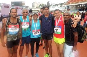 Sabhajeet (extreme right) with fellow runners; from left: Breeze Sharma, Suresh Pillai, Sanjay Bhingarde, Dnyaneshwar Tidke and Bhasker Desai (Photo: courtesy Bhasker Desai)