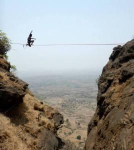 Samar highlining in Nashik (Photo: courtesy Samar Farooqui)