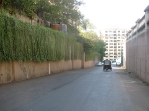 The road around the housing complex at Powai, which Sunil and Sangeeta use for training (Photo: Shyam G Menon)