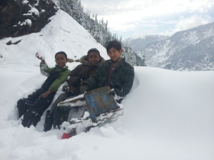 Youngsters with an improvised winter sled near Manali (Photo: courtesy Shiva Keshavan)